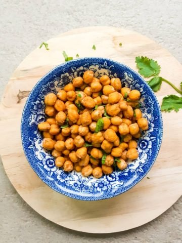 peanut butter roasted chickpeas