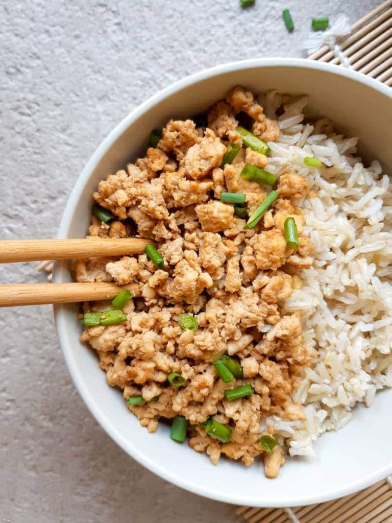 Tofu mince served on a bed of rice