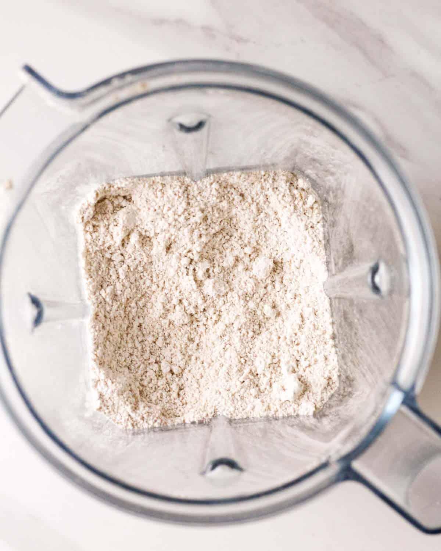 Making oat flour in the blender